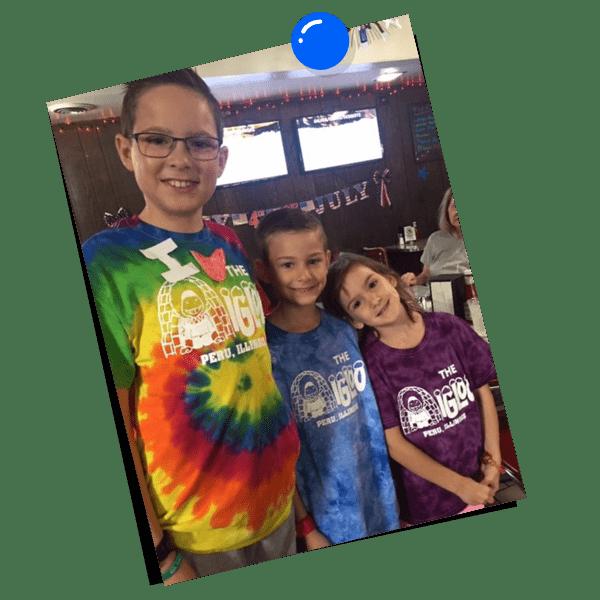 Kids in Igloo shirts